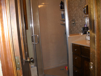 Topeka bathroom remodeling handymasters inc the right for Bathroom renovation tools
